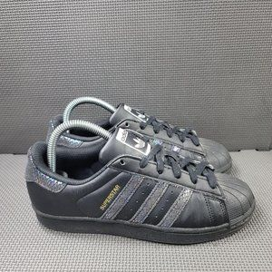 Youth Sz 5.5 Black Adidas Superstar Sneakers